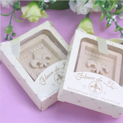 wedding favour ideas - personalised soap