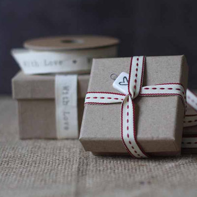 recycled card wedding favour box