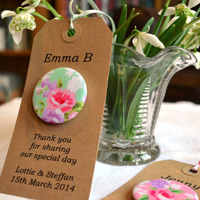 wedding favour ideas - wedding magnets